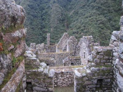 Structures at Wiñay Wayna