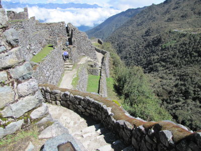 Hiram Bingham discovered Sayacmarca