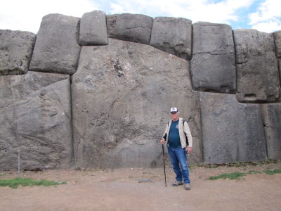 Bob enjoying Saqsaywaman