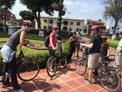 Bike tour around Barranco and Miraflores neighborhoods